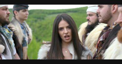 Cosy feat. Mellina – Ca in Romania