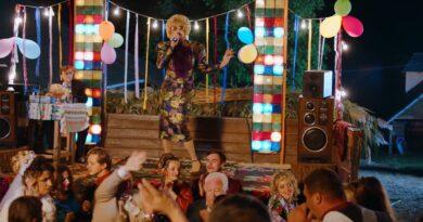 Dora Show – Durdom Pa pa Versuri
