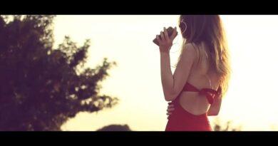 Robert Cristian x Serena - Summer Air Versuri